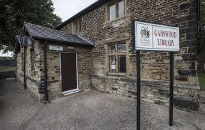 Image of Garswood Library from the outside